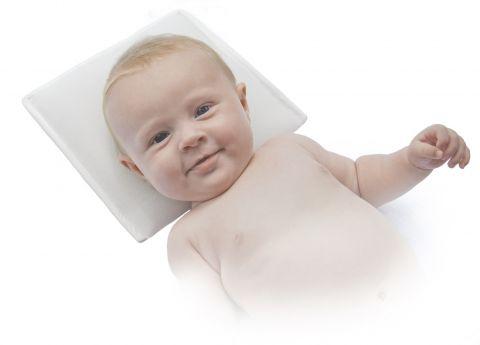 Нужна ли детская подушка новорожденному?