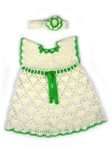 Вязаное платье для девочки белое